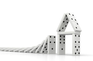 domino-risk-house